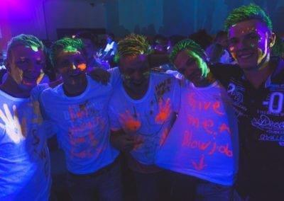 uv party 2.07-38