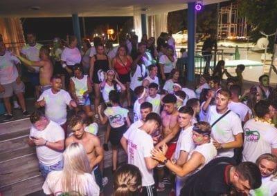 uv party 27.06-50